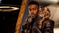 Pictured (l-r) David Ajala as Book and Grudge of the CBS All Access series STAR TREK: DISCOVERY. Photo Cr: James Dimmock/CBS ©2019 CBS Interactive, Inc. All Rights Reserved. Star Trek Day, Star Trek News, Watch Star Trek, New Star Trek, Star Trek Series, The Grudge, Royal Shakespeare Company, Cbs All Access, Eddie Murphy