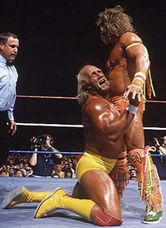 Hulk Hogan and the Ultimate Warrior make Wrestlemania magic