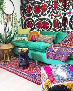 Bohemian home inspiration! Isn't this couch just a dream?