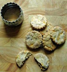 Home made dog biscuits are much better and tastier for your Cocker Spaniel than shop bought. Discover lots of interesting dog biscuit recipes and home made dog treats for you to try!