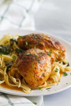 Restaurant quality at home - these Garlic Paprika Instant Pot Chicken Thighs make even a weeknight special! Seasoned boneless chicken thighs are served in a delicious cream sauce - perfect for a date night in! Roasted Chicken Thighs, Boneless Skinless Chicken Thighs, Chicken Thigh Recipes, Chicken Wraps, Instant Pot, Cooking Recipes, Garlic, Recipes Dinner, Restaurant Recipes