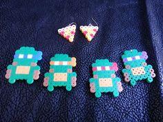 Items similar to Handmade Teenage Mutant Ninja Turtles perler bead Chibi / Lanyard Hook (zipper charm), Keychain, Necklace, or Magnet on Etsy Diy Perler Beads, Perler Bead Art, Pearler Beads, Fuse Beads, Pearler Bead Patterns, Perler Patterns, Nerd Crafts, Fun Crafts, Mutant Ninja
