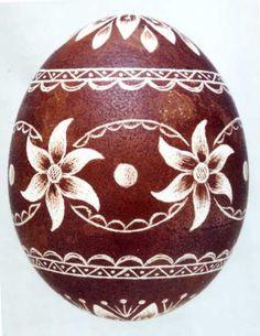 Karcolt tojás - Scratch-carved egg (62)