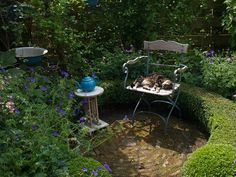 A cosy blue garden roundabout by Sytske72, via Flickr