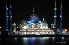 Cyristal Mosque in Kuala Terengganu - Malaysia (night)