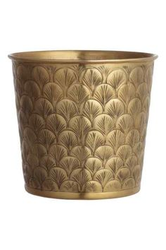 Large metal pot: Large pot in gold-coloured metal with an embossed pattern. Height 19 cm, diameter at the top 20 cm. Copper Planters, Grands Pots, Art Deco Bathroom, Master Bathroom, Metal Vase, Modern Art Deco, H&m Home, Large Pots, Copper And Brass