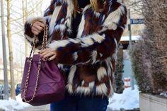www.blonde-concept.com Faux Fur Jacket: Missguided, Denim Pants: Asos, Turtle Neck Pullover: H&M, Necklace: Stradivarius, Bag: Asos #fashionblogger