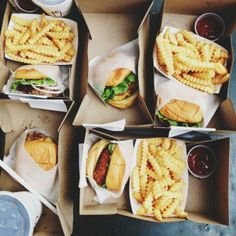 New York | Shake Shack  • 409 Fulton Street – burger time  / Alice Gao
