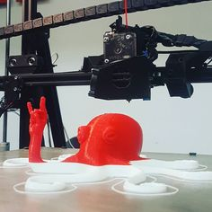 We hope @genesimmons doesn't mind... #rock #3dprinting #barcelona #makerfaire