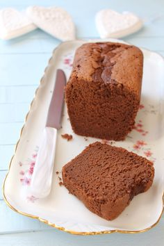 Butterless Chocolate Cake – My Favorite Gourmet Biscuits and Other Delights by enrikalag Cheap Clean Eating, Clean Eating Snacks, Healthy Dessert Recipes, Cake Recipes, Fluffy Chocolate Cake, Diy Cake Topper, Cake Toppers, Cake Chocolat, Ice Cream Candy