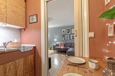 Kampen - Trivelig, arealeffektiv 1(2)-roms mot åpen, rolig bakgård, med flott stukkatur og rosett, moderne særpreget kjøkken og god lagringsplass.   FINN.no