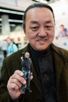 ein japanischer Fotograf mit einem 3D-Modell von sich, 33. Photokina 2014 - Internationale Fotofachmesse in Köln http://blog.ks-fotografie.net/fotothemen/photokina/photokina-2016-eintrittskarten-gewinnspiel/