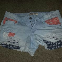 LEI Ashley Lowrise shorts Cute patchwork and rips/fraying to show fabric below. worn 1x lei Shorts Jean Shorts