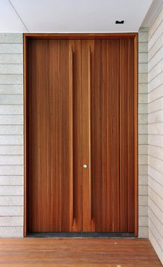 Door detail by He Hancho