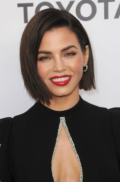 These Are 38 of the All-Time Best Hairstyles for Thin Hair Cute Bob Haircuts, Cute Bob Hairstyles, Straight Hairstyles, Best Haircuts, Hairstyle Ideas, Casual Hairstyles, Pixie Haircuts, Medium Hairstyles, Braided Hairstyles