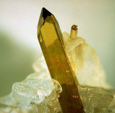 Abernathyite, K(UO2)(AsO4) · 4H2O.