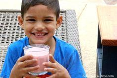 Make this yogurt strawberry banana smoothie at home- our favorite kid friendly smoothies. Make this strawberry smoothie without yogurt or make this Strawberry banana smoothie recipe with greek yogurt.