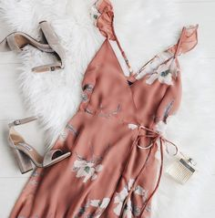 all about wraps & ruffles click link in bio to shop our rusty rose floral wrap dress #lovelulus