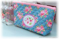 Quilted Fabric vom Stickbär Stoffe Quilten mit der Stickmaschine Cornelias traumhafte Tasche