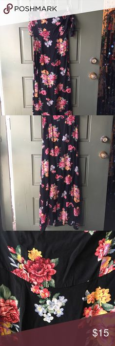 Off the shoulder black floral maxi dress Off the shoulder black floral maxi dress. Good condition! Open to trade - NO LOW BALLING! Forever 21 Dresses Maxi