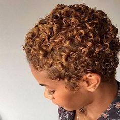 Short curly hair naturally big chop Ideas for 2020 Natural Hair Short Cuts, Blonde Natural Hair, Natural Big Chop, Pelo Natural, Short Curly Hair, Natural Curls, Short Hair Cuts, Curly Hair Styles, Natural Hair Styles
