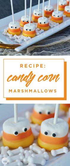 Marshmallow Halloween, Halloween Chocolate, Halloween Cookies, Halloween Treats, Halloween Desserts, Chocolate Dipped Marshmallows, Chocolate Treats, Fall Treats, Holiday Treats