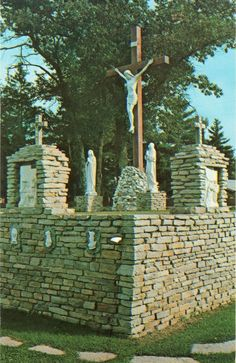 Postcard Michigan - Our Lady of The Woods Shrine Mio MI Calvary Scene