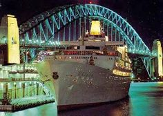 The SS Oriana, looking unusually glamorous in front of the Sydney Harbour Bridge.  (Image:  relevantsearchscotland.co.uk)
