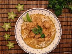Kylling i fed thai-karry Paleo Recipes, Asian Recipes, Low Carb Recipes, Ethnic Recipes, Dinner Options, Group Meals, Main Meals, Paleo Diet, My Favorite Food