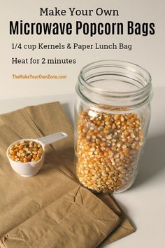 Kids Meals Make your own homemade microwave popcorn bags - a simple way to make popcorn using a brown lunch bag! Popcorn Snacks, Popcorn Bags, Popcorn Recipes, Snack Recipes, Cooking Recipes, Brown Bag Popcorn, Flavored Popcorn, Homemade Microwave Popcorn, Microwave Recipes