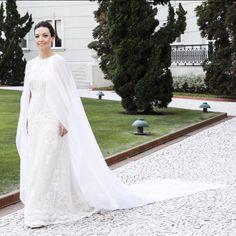Vestido de Noiva com Capa by André Betio