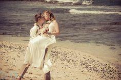 Intimate Wedding at Kukio Beach on the Big Island » Eye Expression Photography