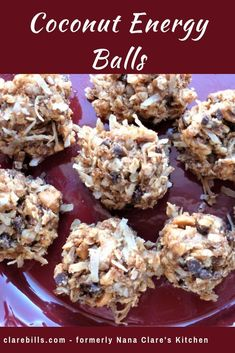 Healthy Snacks Coconut Energy Balls are a no bake nutritious option with peanut butter and oats . Paleo Snack, Healthy Protein Snacks, Protein Bites, Healthy Desserts, Snack Recipes, Coconut Recipes Healthy, Healthy Food, Healthy Peanut Butter Balls Recipe, Healthy Energy Bites