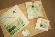 Geboortekaartje doopsuiker Jef retro cassette oud groen radio