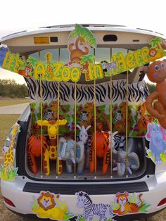 Will you be participating in Trunk or Treat this fall? I've got my top six trunk or treat ideas on the blog today. They are all easy to put together.