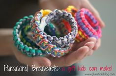 DIY Paracord Bracelets: great gift idea for kids to make each other!