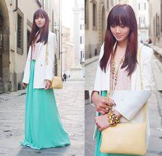 Stylista.Ph Skirt- awesome idea for salon :3