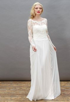 beautiful vintage lace long sleeves with exquisite lace bodice long chiffon trapeze shaped ball gown