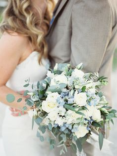 These are the best beach wedding bouquets from real weddings. From tropical flowers to classic blooms in unexpected hues, here's how to create the ultimate bouquet for your beach wedding. Wedding Flower Guide, Beach Wedding Bouquets, Blue Wedding Flowers, Bride Bouquets, Flower Bouquet Wedding, Floral Wedding, Wedding Colors, Wedding Blue, Blue Weddings