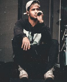 richardcamacho Im not afraid to bleed if it means im going to achieve. Don't think of the future think of eternity. Cnco Band, Boy Bands, Richard Deiss, Brian Christopher, Memes Cnco, Ricky Martin, Good Looking Men, My King, Pretty Boys