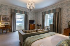 Hall Room, Executive Suites, Curtains, Bed, Furniture, Home Decor, Blinds, Decoration Home, Stream Bed