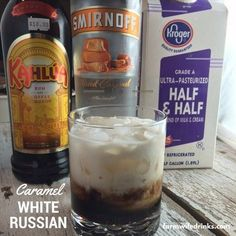 If you love a caramel macchiato, then the Caramel White Russian will be a great coffee cocktail or after dinner drink: 2 parts Kahlua 1 part caramel vodka parts cream Kahlua Drinks, Liquor Drinks, Coffee Cocktails, Cocktail Drinks, Fun Drinks, Yummy Drinks, Cocktail Recipes, Vodka Cocktails, Mixed Drinks