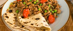 Keema This is a really quick, tasty and economical mid week curry that all the family will love. Minced lamb cooks quickly, but try to use lean mince to keep the fat content down. Traditionally a mild curry, Keema Recipes, Curry Recipes, South African Recipes, Indian Food Recipes, Ethnic Recipes, Chapati, Keema Curry Recipe, Healthy Recepies, Fried Fish Recipes