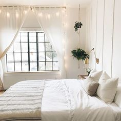 This eco-friendly alternative makes your night& sleep naturally more enjoyable. Hypoallergenic, antimicrobial, and moisture wicking properties offer the new alternative to the best night& sleep. Twinkle Lights Decor, Twinkle Lights Bedroom, Cozy Bedroom, Dream Bedroom, Bedroom Decor, 1920s Bedroom, Bedroom Ideas, Do It Yourself Home, Home Decor Furniture