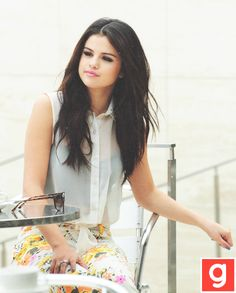 Love selenas outfit