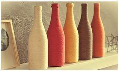 Que tal reciclar garrafas de vidro e utilizá-las na decoração de nossas casas?   Visitando lojas de decoração, podemos observar uma enorme ...