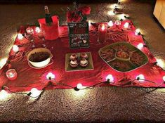 Romantic indoor picnic Más The 5 Brutal Mistakes Making one of these 5 mistakes will destroy your chances of getting your boyfriend back in your arms. I'll teach you how to REVERSE these mistakes. Valentines Day Gifts For Him Boyfriends, Boyfriend Gifts, Valentines Ideas For Boyfriend, Boyfriend Ideas, Welcome Home Ideas For Boyfriend, Anniversary Ideas Boyfriend, Boyfriend Dinner, Valentines Day Husband, Year Anniversary Gifts