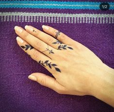 50 amazing finger tattoo designs you& love - page 33 of . - 50 amazing finger tattoo designs you& love – page 33 of 50 – chic hostess – sandy – - Finger Tattoo Designs, Tattoo Finger, Finger Henna, Finger Tats, Hand And Finger Tattoos, Finger Finger, Flower Finger Tattoos, Hand Tattoos For Women, Tattoos For Guys