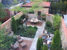 urban courtyard > residential garden > HOERR SCHAUDT landscape architects