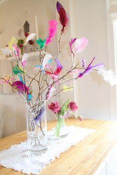 Fastelavnsris as simple decorations Fastelavnsris as simple decorations - Gartenkunst Diy Arts And Crafts, Diy Crafts, Diy For Kids, Crafts For Kids, Teen Room Designs, Kids Carnival, Floral Bouquets, Spring Crafts, Diy Halloween